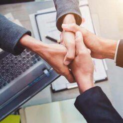 دانلود ترجمه مقاله جهت گیری مشتری و عملکرد شرکت – الزویر ۲۰۱۹