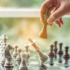 دانلود ترجمه مقاله استراتژی های موقعیت یابی شرکت های بومی و خارجی