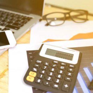 دانلود ترجمه مقاله مطالعه ای بر ماهیت متغیر تحقیقات انتقادی مهم (حسابداری) – الزویر ۲۰۱۸