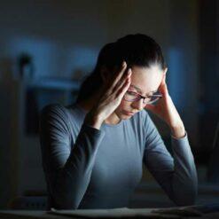 دانلود ترجمه مقاله استرس شغلی و سندرم فرسودگی شغلی میان کارکنان قسمت مراقبت های بهداشتی بحرانی – الزویر ۲۰۱۸