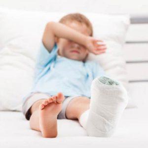 دانلود ترجمه مقاله خطر شکستگی های استخوانی کودکان در گذر زمان – الزویر ۲۰۲۰