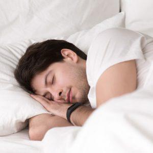 تشخیص تنگی نفس موقتی در خواب بر اساس مدل سازی Rician تغییرات جنبه ها در سیگنال های EEG در چند باند